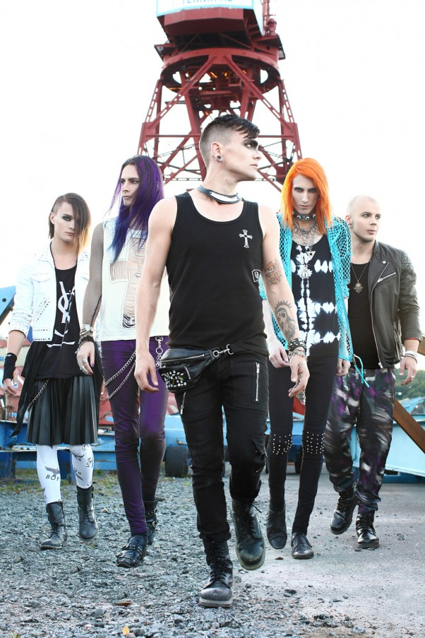 BatAAr-THE-DISTANCE-2013-web