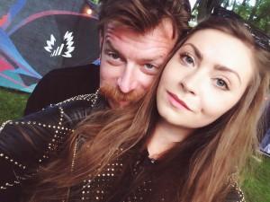 """Charmören Jesse Hughes var inte blyg när vi tog en selfie. """"We look good together"""", sa han glatt efter vi hade tagit bilden."""